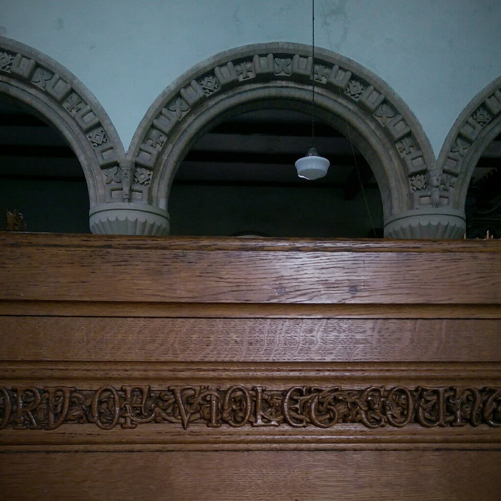 Lady Violet of Powis Castle memorial pew